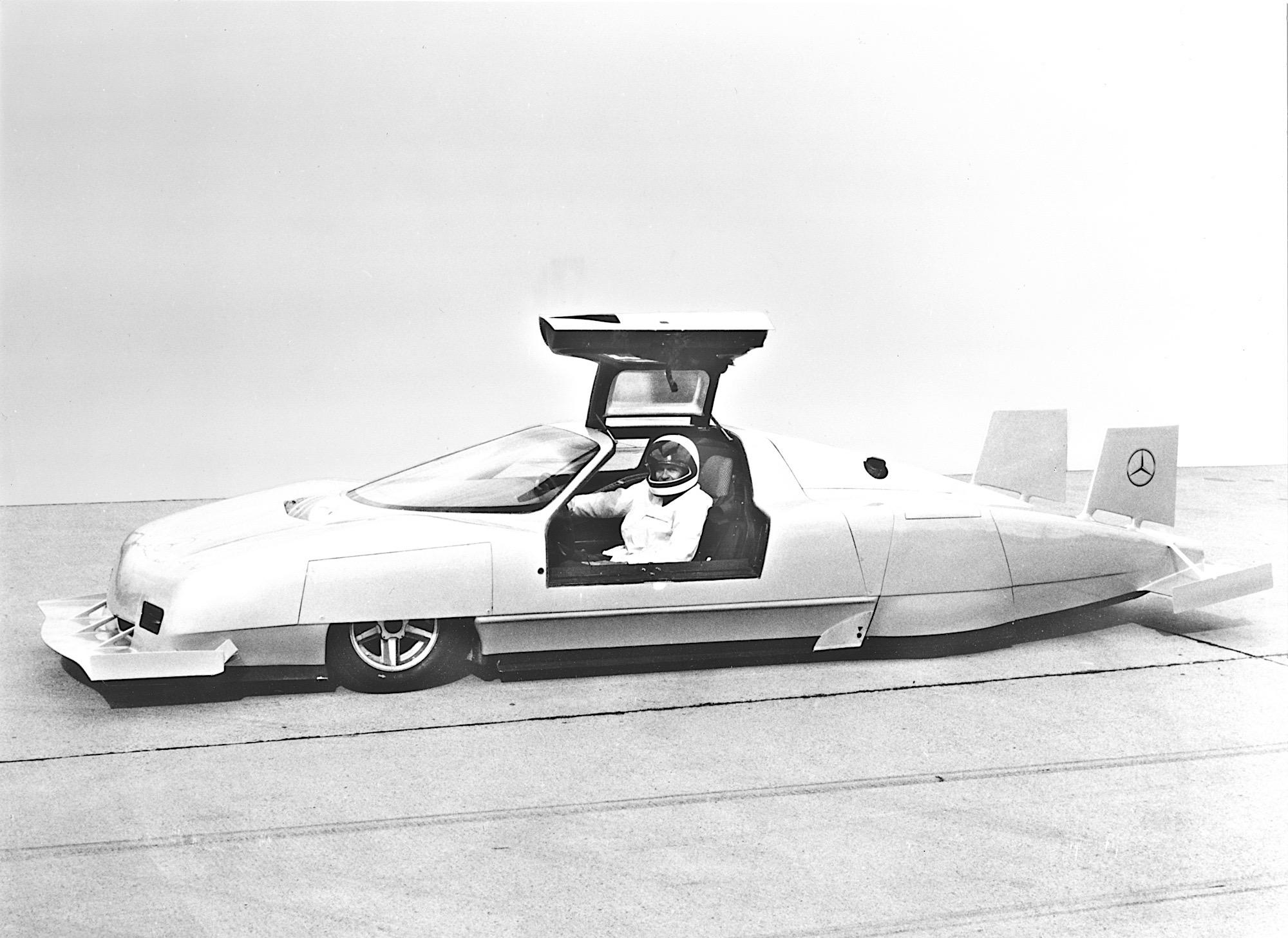Mercedes C 111: la Mercedes più strana compie 50 anni