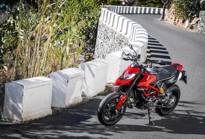 DucatiHypermotard950-12