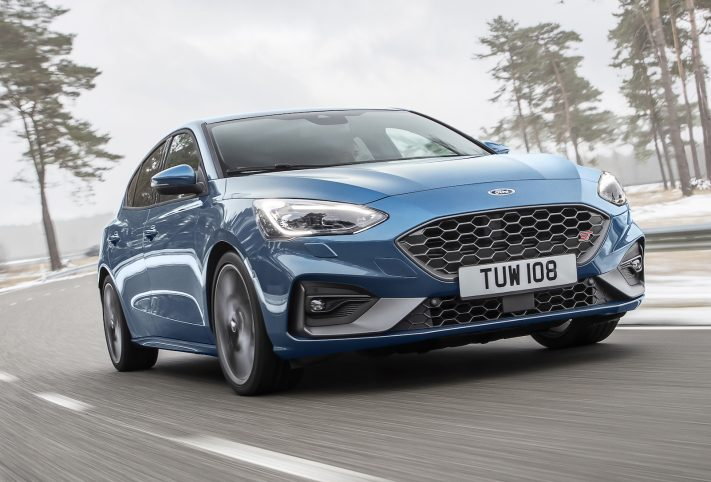 Ford Focus ST 2019 blu frontale