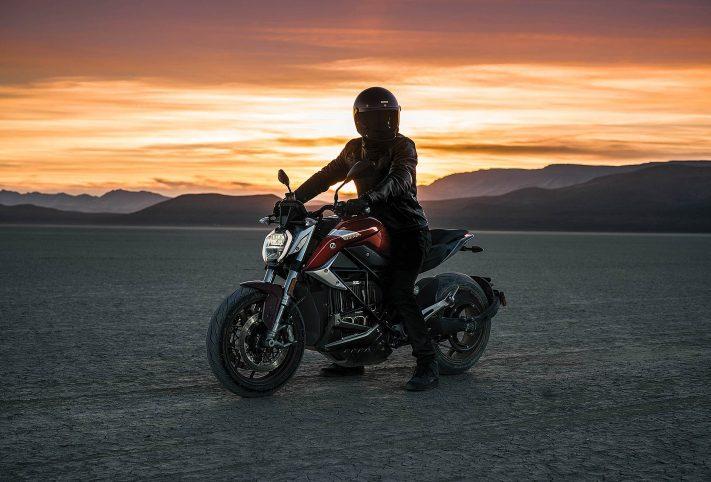 Zero SR/F deserto tramonto