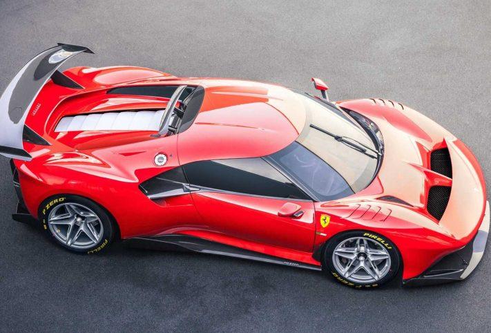 Ferrari P80 auto rossa cavallino vista dall'alto