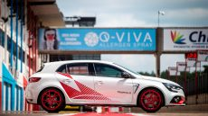 Nuova Megane R.S. Trophy-R vista laterale