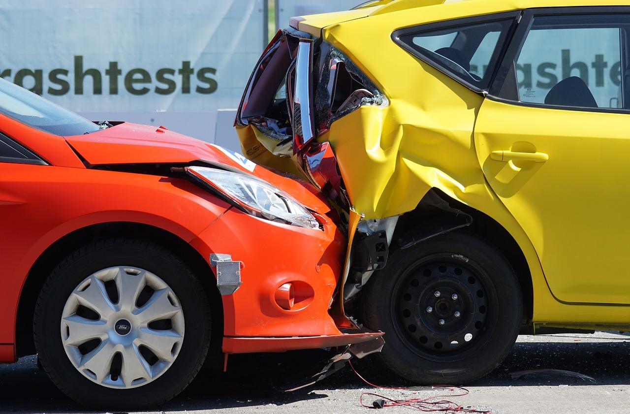 Assicurazione auto con scatola nera: come funziona