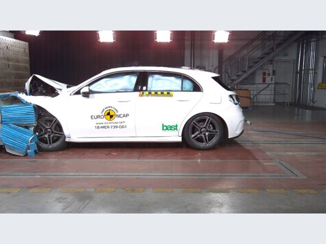 Mercedes-Benz Classe A - Crash test Euro NCAP - Crash test offset