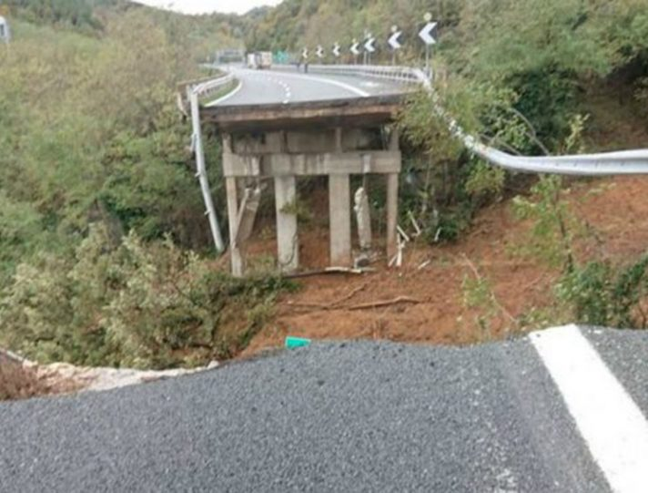 Viadotto autostrada A6 Torino-Savona crolla