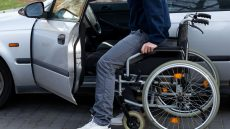 Guidare auto intestata a un disabile